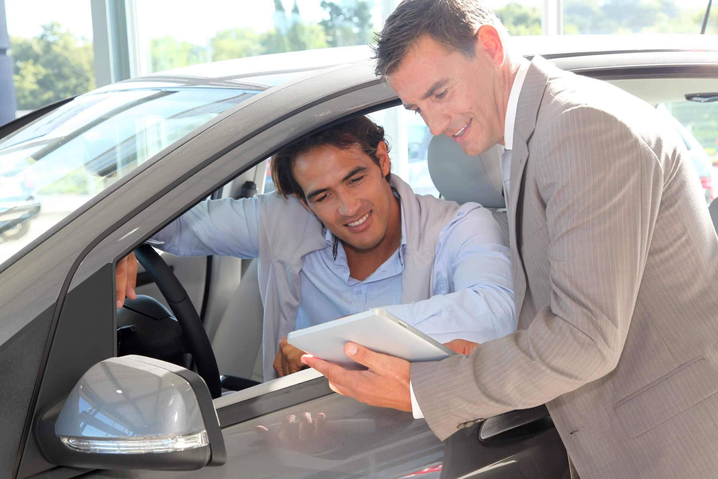 Wie viel Rabatt gibt es beim Neuwagenkauf im Internet?